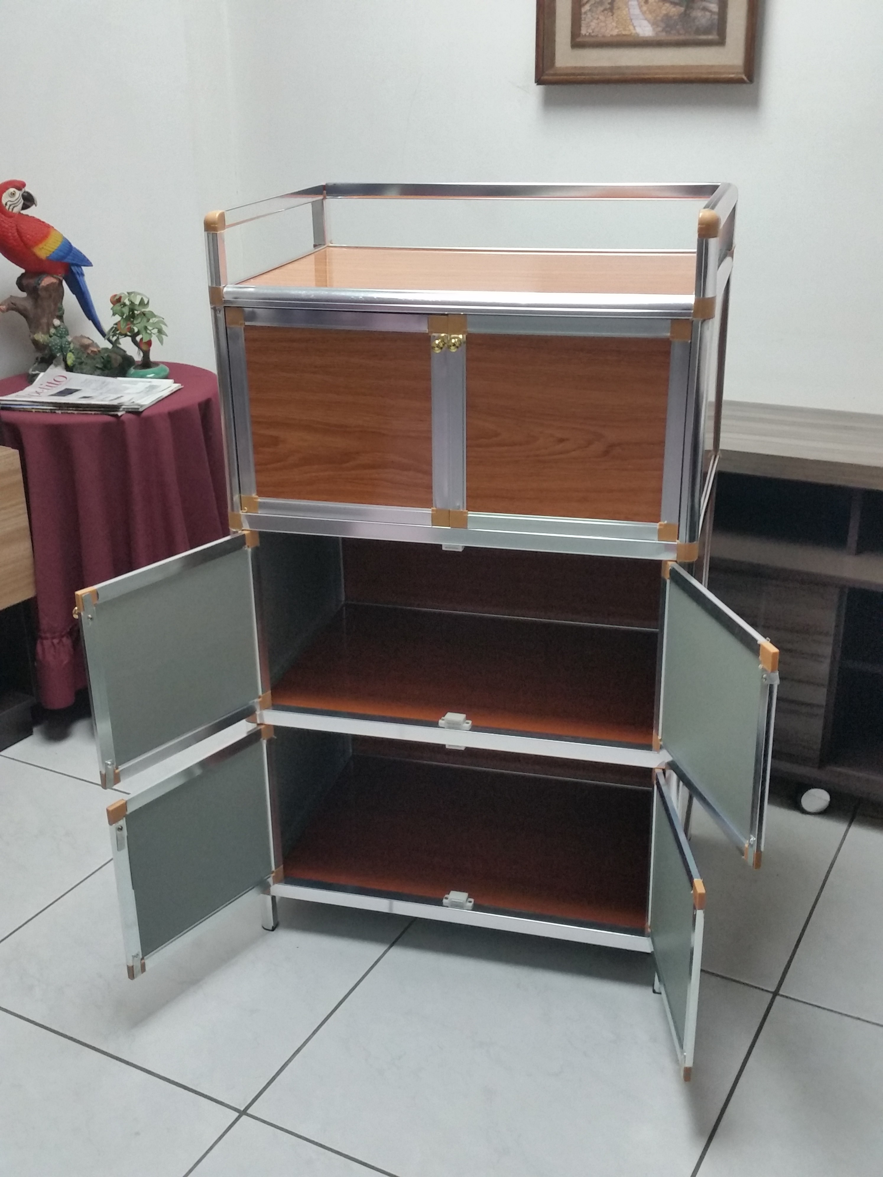 Mueble organizador vertical multiuso con 6 puertas labnash for Mueble 6 puertas