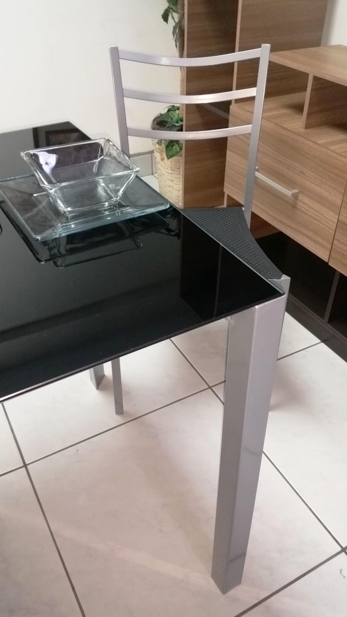 Juego de comedor de vidrio temperado miami con 4 sillas for Comedor vidrio 4 sillas